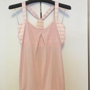 Lululemon sz 12 light pink top w build in bra